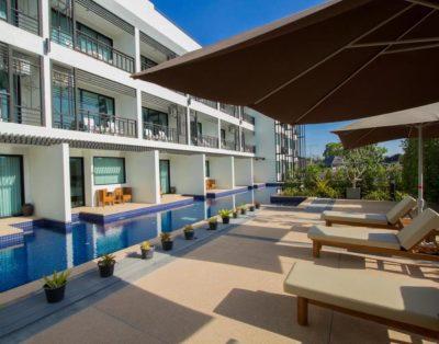Baba House Phuket Deluxe Studio Pool Side